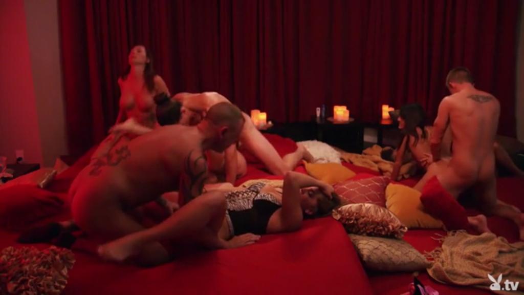 Тв камини доме городе четверка-секс при большом плейбой в горячая